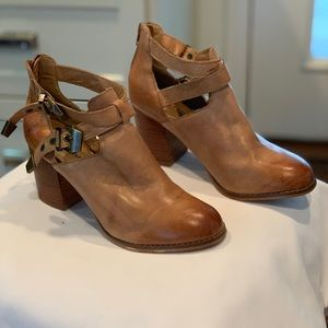 Zigi Soho Leather Booties